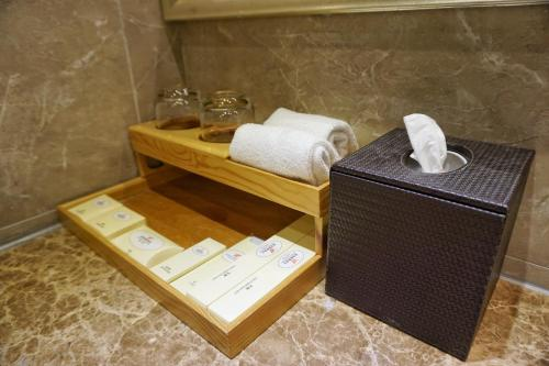 The South China Hotel photo 33