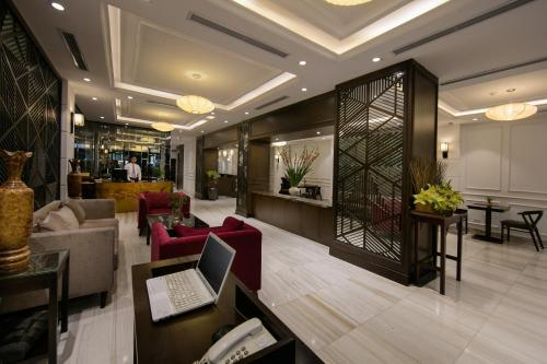 Quoc Hoa Premier Hotel & Spa photo 33
