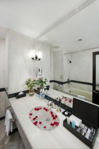 Quoc Hoa Premier Hotel & Spa photo 36
