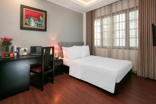 Quoc Hoa Premier Hotel & Spa photo 48