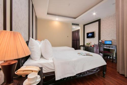 Quoc Hoa Premier Hotel & Spa photo 52