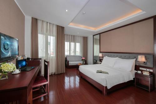 Quoc Hoa Premier Hotel & Spa photo 57