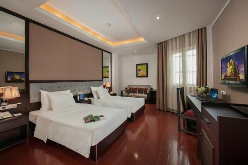 Quoc Hoa Premier Hotel & Spa photo 60