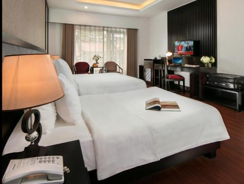 Quoc Hoa Premier Hotel & Spa photo 61