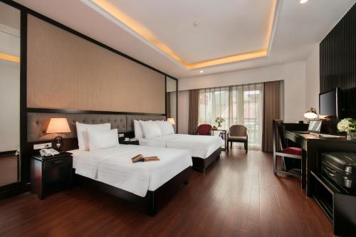 Quoc Hoa Premier Hotel & Spa photo 62