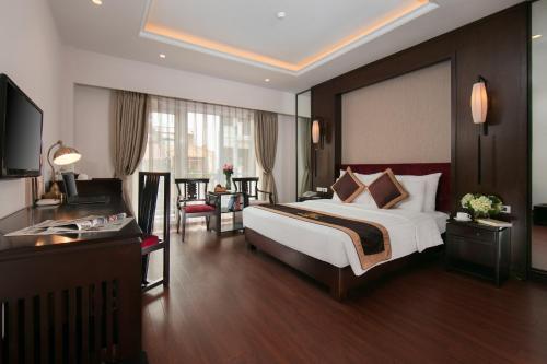 Quoc Hoa Premier Hotel & Spa photo 65