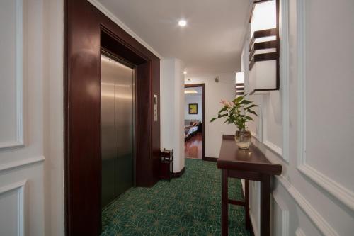 Quoc Hoa Premier Hotel & Spa photo 66