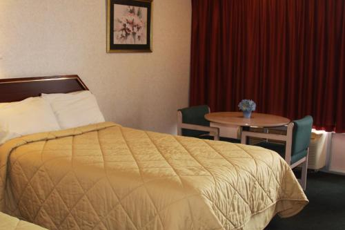 Relax Inn And Suites Hope - Hope, AR 71801