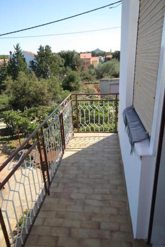 Apartment Ugljan 8404a