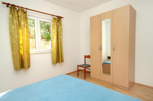 Apartment Molunat 8956a