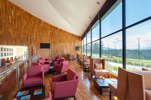 Wyndham Quito Airport Photo