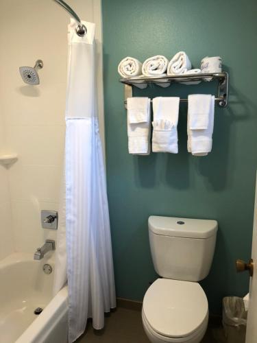 Anacortes Inn Photo