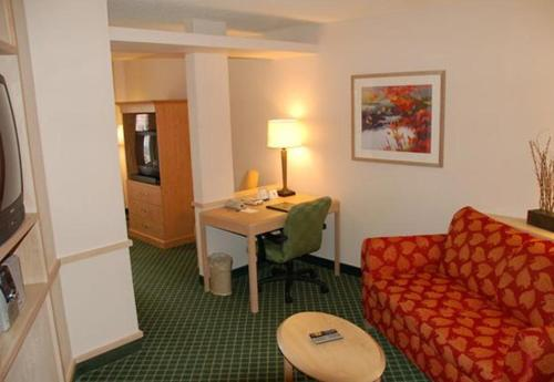 Fairfield Inn and Suites Dallas North Photo