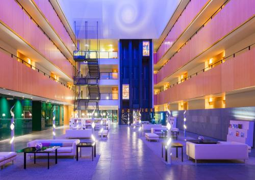 Tryp Barcelona Aeropuerto Hotel photo 20