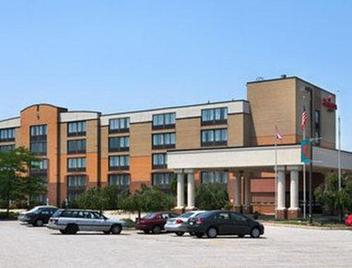 Fairbridge Hotel Cleveland East Photo
