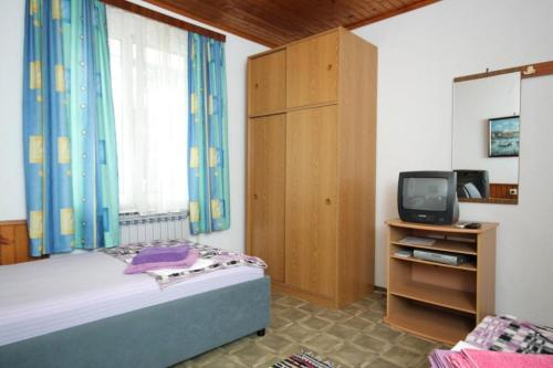 Apartment Mali Losinj 7953a