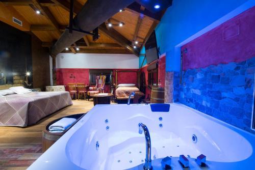 Suite Hotel el Lagar de Isilla 17