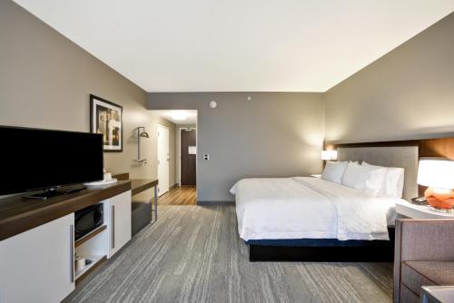 Hampton Inn & Suites Livonia Detroit Mi