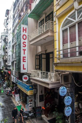 Vietnam Backpacker Hostels - Original photo 36