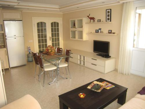 Alanya Apartment in Alanya 50 Meters from Sea ulaşım