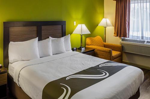 Quality Inn Biloxi Beach - Biloxi, MS 39531
