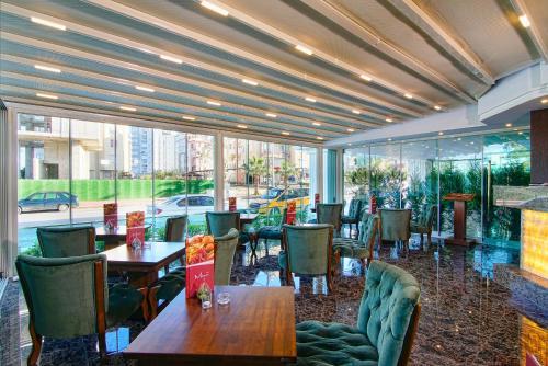 Antalya Hotel S White rezervasyon
