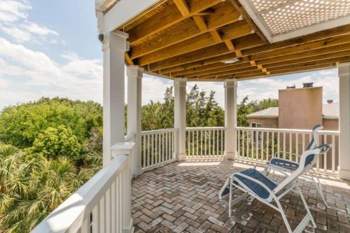 4205 9th Home - Saint Simons Island, GA 31522