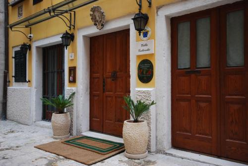 Dvor Massatto 4, 52210, Rovinj, Croatia.