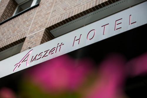 Auszeit Hotel Düsseldorf - das Frühstückshotel - Partner of SORAT Hotels photo 3