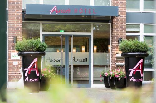 Auszeit Hotel Düsseldorf - das Frühstückshotel - Partner of SORAT Hotels photo 29