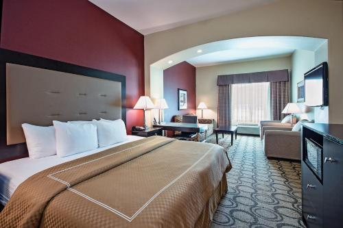 La Quinta Inn & Suites New Iberia Photo