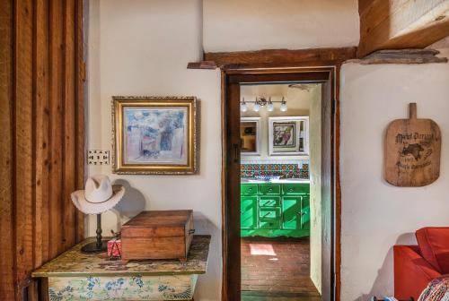 2 Bedroom - 5 Min. Walk To Canyon Rd. - Cimarron Cabana