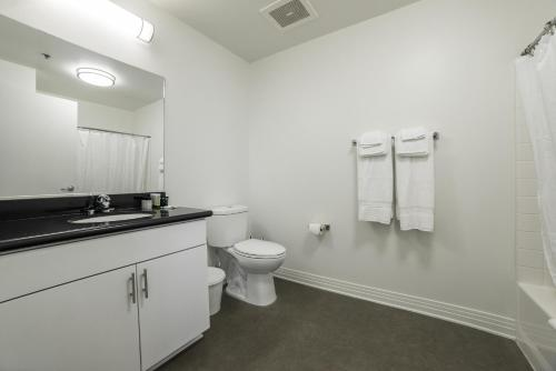 Hollywood Douglas Apartment