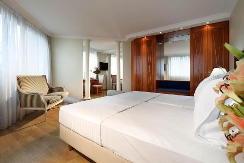 Hotel Regent photo 4