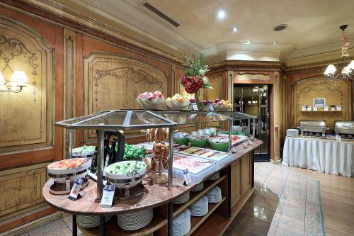 Hotel Regent photo 31