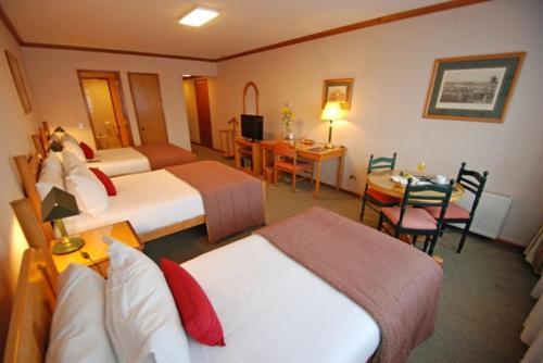 Hotel Presidente Suites Puerto Montt Photo