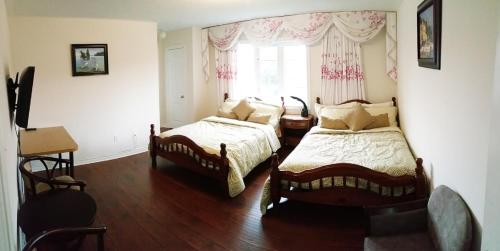 Pacific Mall Homestay - Scarborough, ON M1V 0B1