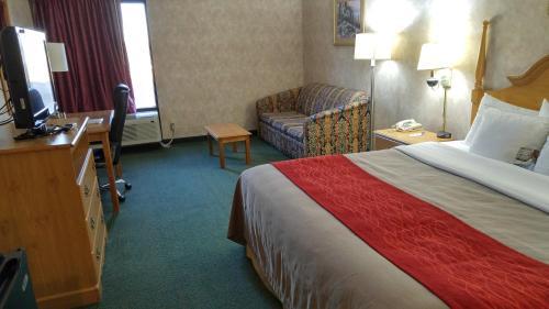 Comfort Inn Newport Photo