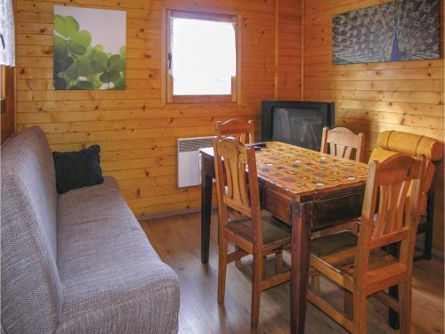 Two Bedroom Holiday Home in Swietne 1