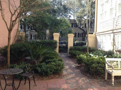 Boutique Historic Savannah - Savannah, GA 31401