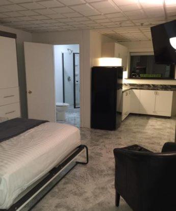 Hotel114 - Yankton, SD 57078