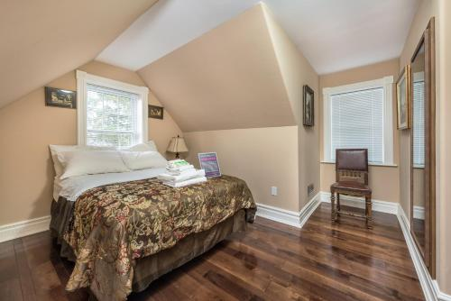 CastleView Inn by Elevate Rooms