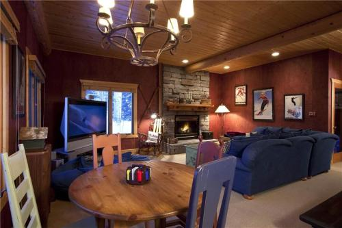 Snowdrift Cabin Home - Telluride, CO 81435