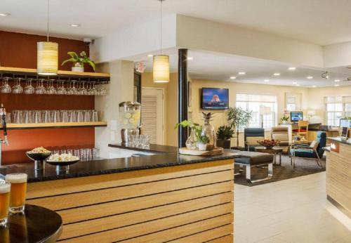 TownePlace Suites Burlington Williston Photo