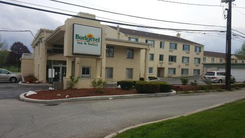 Budgetel Inn And Suites Glen Ellyn - Glen Ellyn, IL 60137