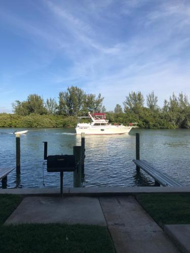 Belleview Gulf Condos Photo