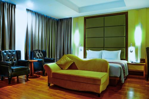 Nagoya Hill Hotel Batam photo 41