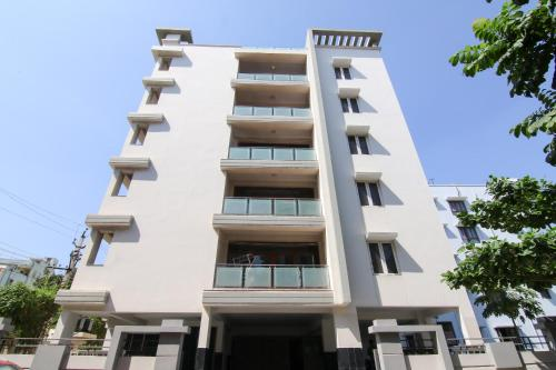 Most Viewed Hotels Near Rishikonda Beach Ed By Oyo 10058 Cpr Residency