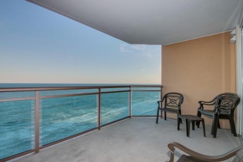 Bahama Sands 1102