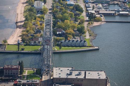 South Pier Inn - Duluth, MN 55802